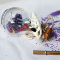 Wishes Bottle For Throwing to Sea Special Days (Purple)